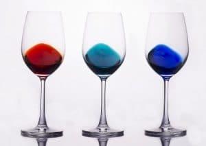 Glazen en wijnflessen fotograferen